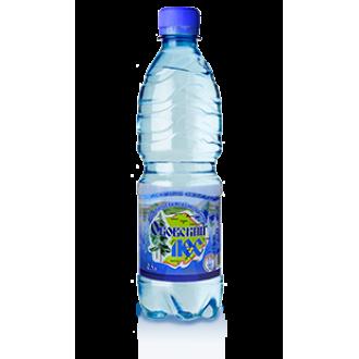 Вода питьевая газированная 0.5л.